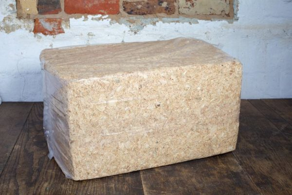 Wood shavings for poultry